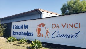 Sign Saying Da Vinci Connect, A School for Homeschoolers